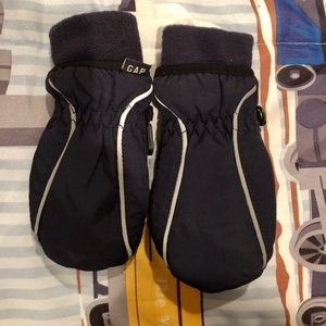 Gap toddler cold control mittens